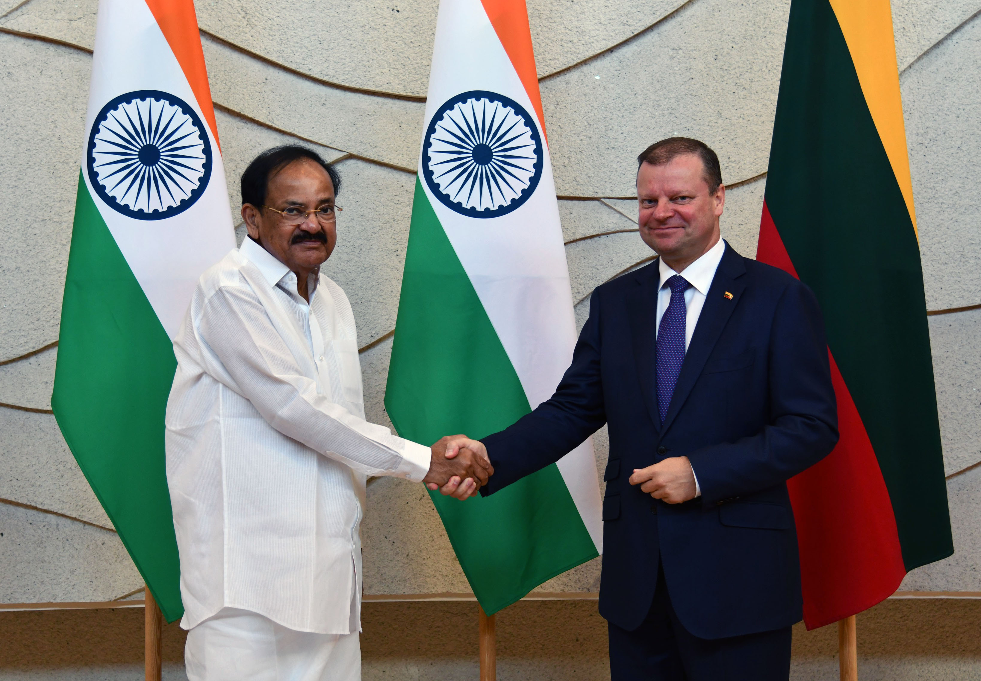 The Vice President, Shri M. Venkaiah Naidu at the meeting with the Prime Minister of the Republic of Lithuania, Mr. Saulius Skvernelis in Vilnius, Lithuania on August 19, 2019.