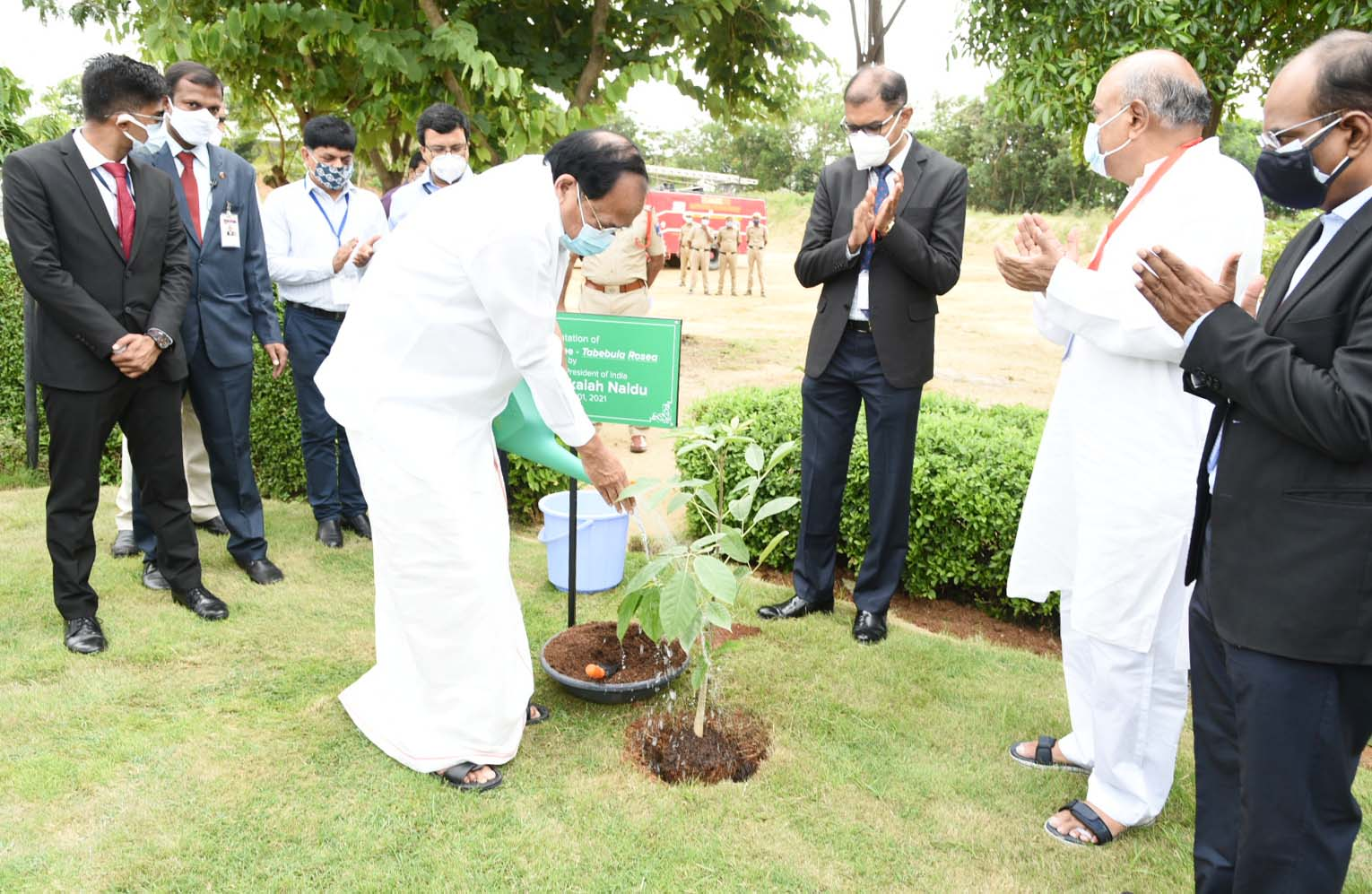 The Vice President, Shri M. Venkaiah Naidu  planting a sapling at the campus of GMR Varalakshmi Foundation's Centre for Empowerment and Livelihoods in Hyderabad on August 1, 2021