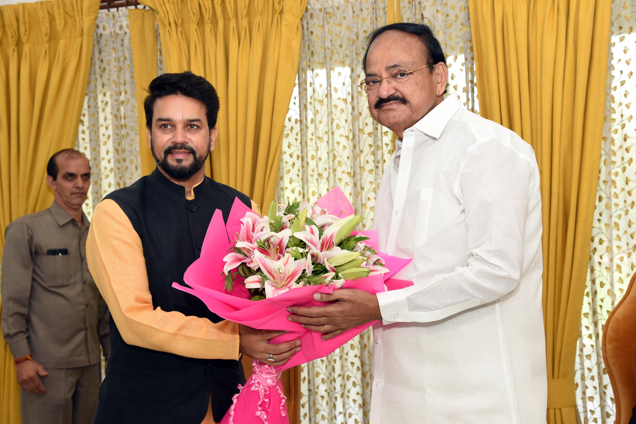 The Minister of State for Finance and Corporate Affairs, Shri Anurag Singh Thakur calling on the Vice President, Shri M. Venkaiah Naidu, in New Delhi on June 20, 2019.