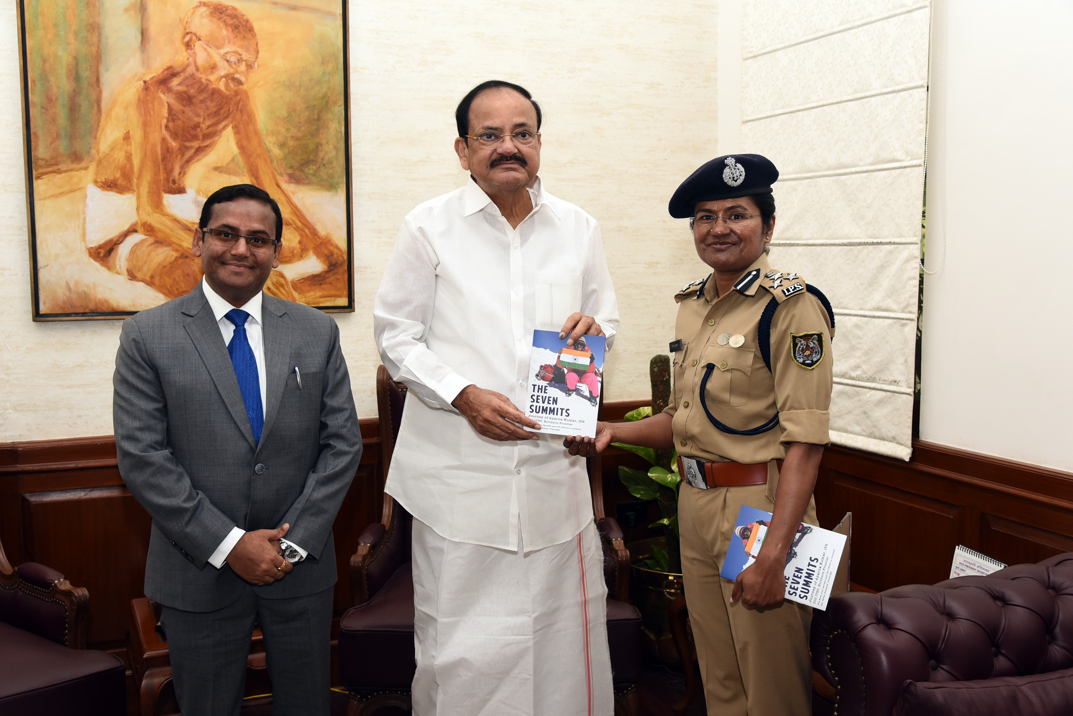 The first ever IPS officer & the fourth ever woman in the history of Indian Mountaineering to complete the 'Seven Summits Challenge', Smt. Aparna Kumar calling on the Vice President, Shri M. Venkaiah Naidu, in New Delhi on July 16, 2019.