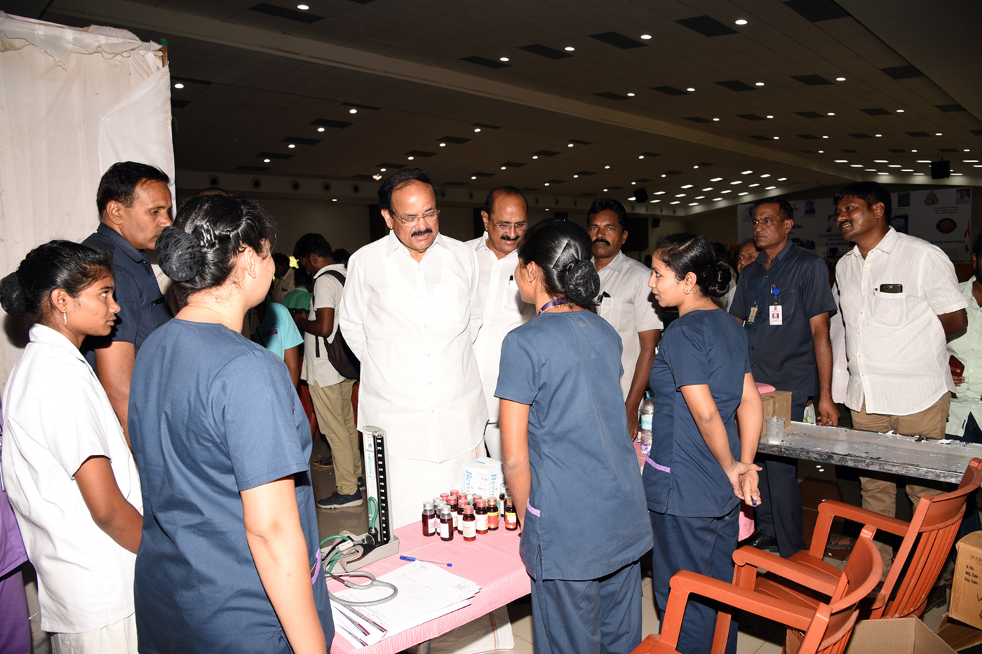 The Vice President, Shri M. Venkaiah Naidu going around the Medical Camp organised by Aayush Hospitals, Rainbow Hospitals and Sankara Netralaya Eye Hospitals, at the Swarna Bharat Trust, in Vijayawada, Andhra Pradesh on May 20, 2019.