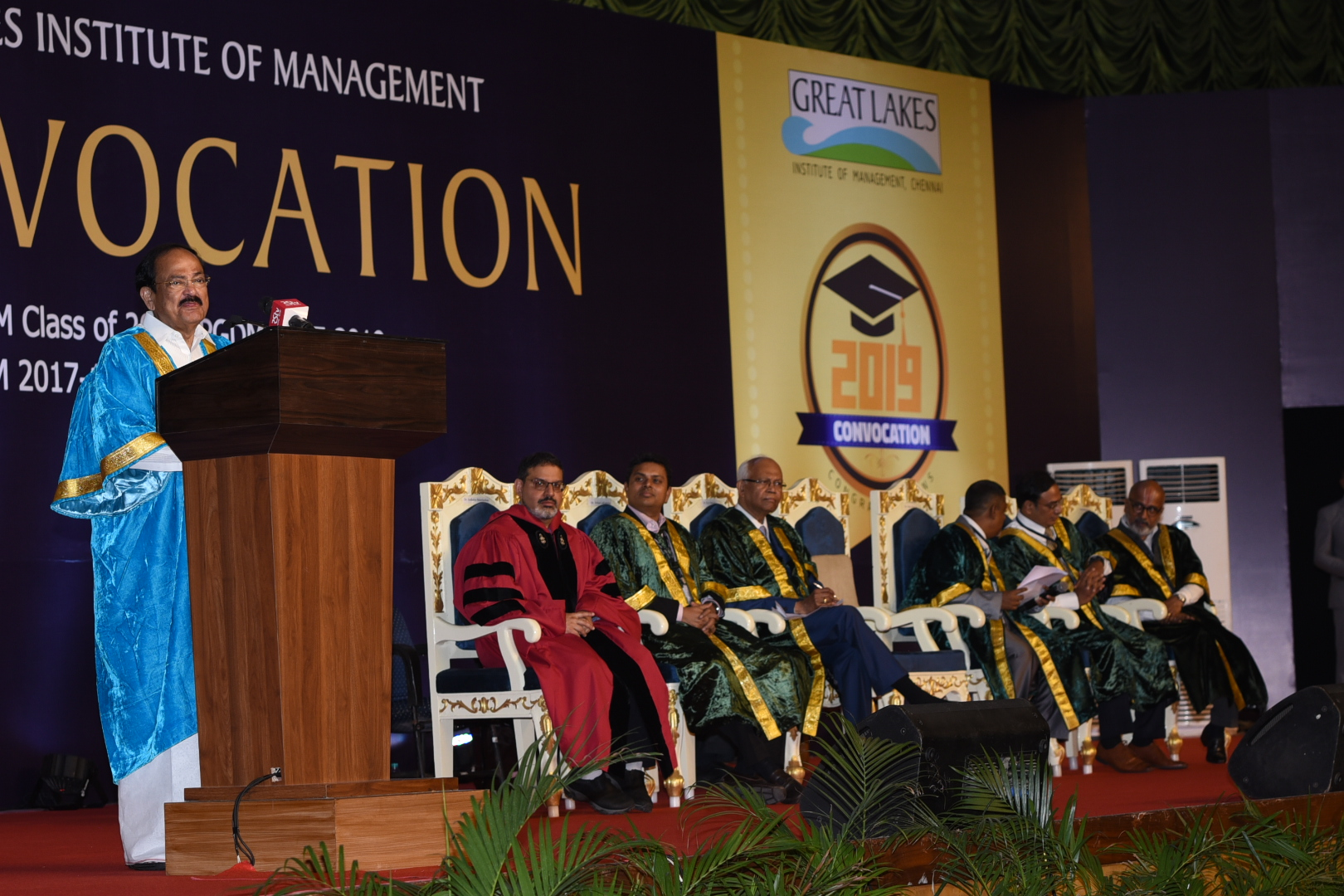 The Vice President, Shri M. Venkaiah Naidu addressing the gathering at the Convocation of the Great Lakes Institute of Management, in Chennai on May 21, 2019.