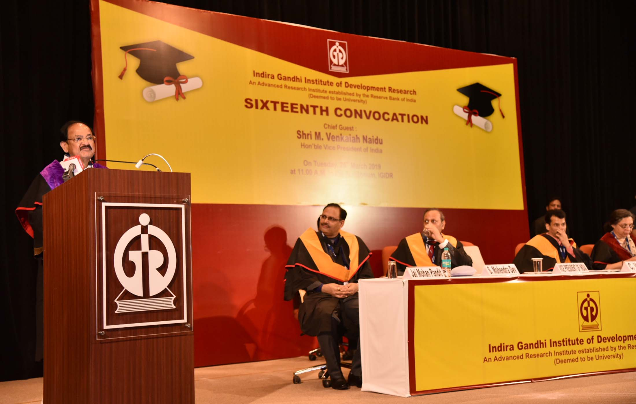 The Vice President, Shri M. Venkaiah Naidu addressing the gathering at the 16th Convocation of the Indira Gandhi Institute of Development Research, in Mumbai on March 26, 2019.