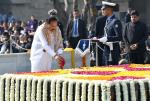 The Vice President, Shri M. Venkaiah Naidu paying tributes to the Father of the Nation, Mahatma Gandhi on his Punya Tithi, at Raj Ghat, in New Delhi, on 30 January, 2020.