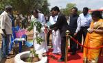 The Vice President of India, Shri M. Venkaiah Naidu planting a tree sapling at the Government College of Architecture and Sculpture in Mamallapuram, Tamil Nadu on 28 February, 2020.