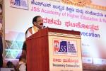 The Vice President, Shri M. Venkaiah Naidu addressing at the 10th convocation of JSS Academy of Higher Education and Research, in Mysuru, Karnataka on November 02, 2019.