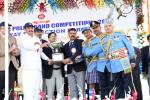 The Vice President, Shri M. Venkaiah Naidu awarding the winners of  the 20th All India Police Band Competition at the closing ceremony of the event, in Secunderabad, on 23 February, 2020.