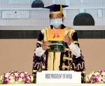 The Vice President, Shri M. Venkaiah Naidu releasing a souvenir at the convocation ceremony of the University College of Medical Sciences (UCMS) at Vigyan Bhawan in New Delhi on September 25, 2021.