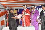 The Vice President, Shri M Venkaiah Naidu awarding degrees and medals to students during the convocation of Vikrama Simhapuri University, Nellore, Andhra Pradesh, on 21 January, 2020.