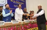 The Vice President of India,  Shri M. Venkaiah Naidu awarding the winners of 'National Awards for Excellence in Journalism 2019' on the occasion of National Press Day, in New Delhi on 16 November, 2019.