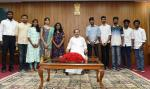 The Vice President, Shri M. Venkaiah Naidu with a group of Students from Delhi Tamil Students Association, in New Delhi on October 21, 2019.