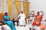 The Governor of Telangana, Dr. Tamilisai Soundararajan calling on the Vice President, Shri M. Venkaiah Naidu and Smt. Usha Naidu, in New Delhi on September 16, 2019.