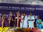 The Vice President, Shri M. Venkaiah Naidu awarding degrees to the students at an event to deliver 11th Convocation address at Saveetha Institute of Medical and Technical Sciences, in Chennai on February 22, 2018.
