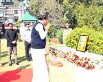 The Vice President, Shri M. Venkaiah Naidu paying homage to former President, Dr. Rajendra Prasad, on his 133rd Birth Anniversay, in Guwahati, Assam on December 03, 2017.