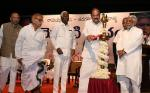The Vice President, Shri M. Venkaiah Naidu lighting the lamp at an event to release the book 'Modati Paatham - The Classroom' authored by Shri Chukka Ramaiah, in Hyderabad on November 20, 2017. The Deputy Chief Minister and Minister for Education, Shri Kadiyam Srihari and other dignitaries are also seen.