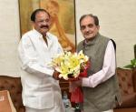 The Union Minister for Steel, Shri Chaudhary Birender Singh calling on the Vice President, Shri M. Venkaiah Naidu, in New Delhi on August 25, 2017.